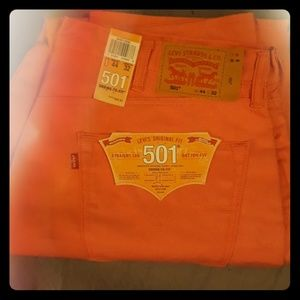 Levi's 501 shrink to fit in red